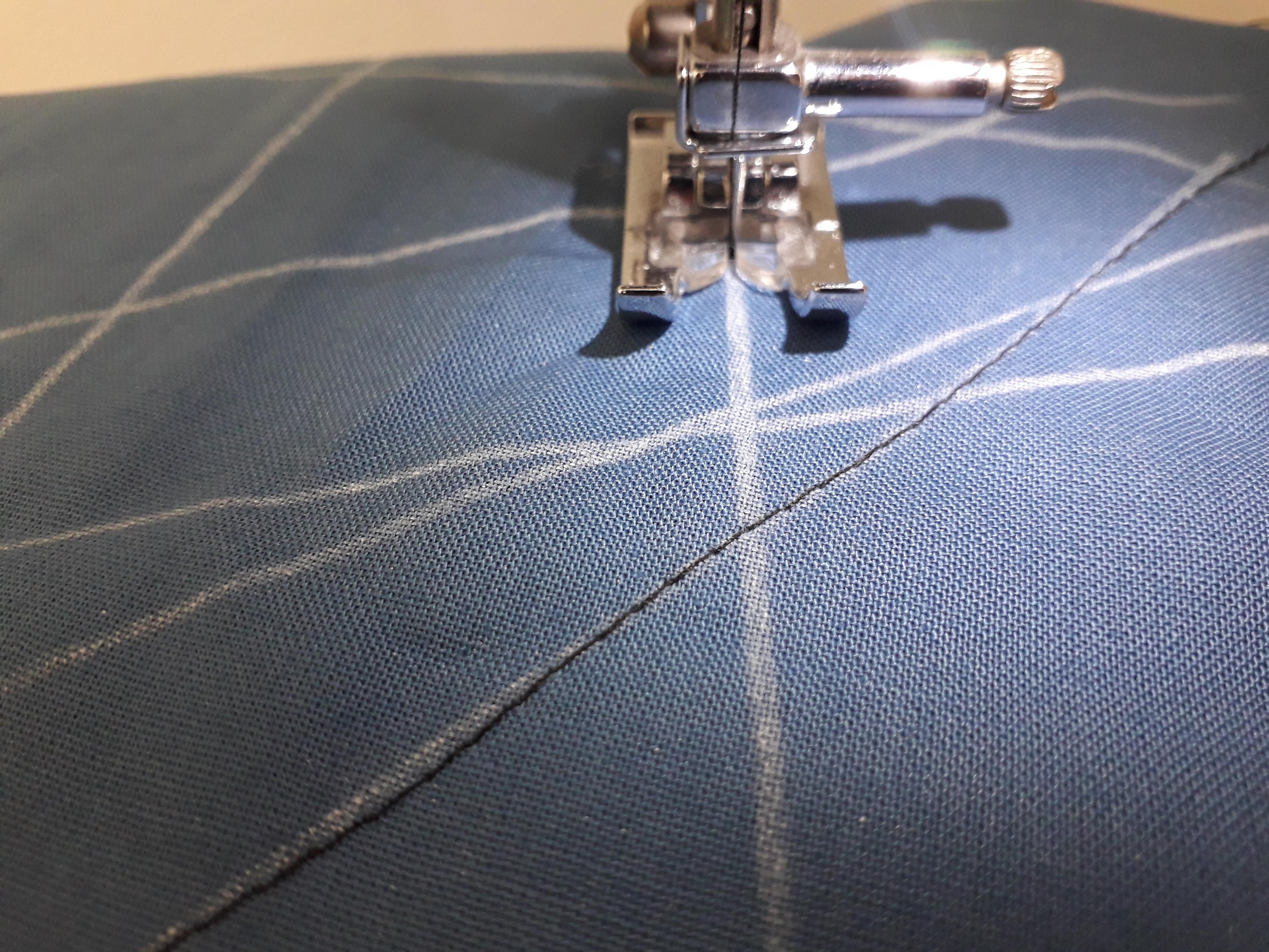 Tuto gratuit couture coudre droit avec une machine à coudre